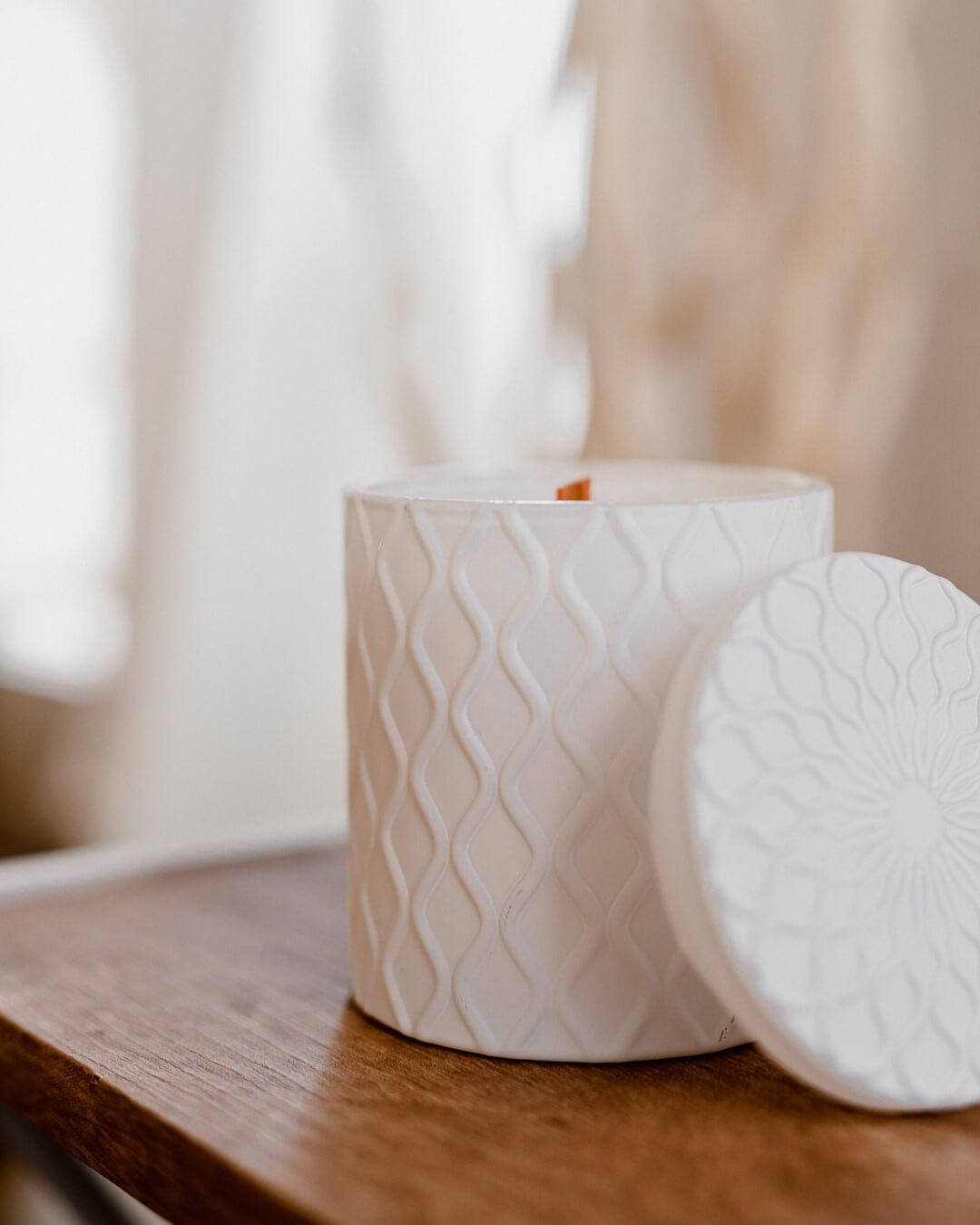 limited edition matte white wave jar Crackling wood wick candle